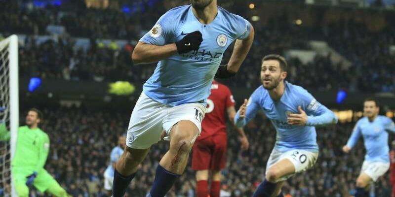 Torjubel - Foto: Sergio Aguero von Manchester City feiert, nachdem er das erste Tor gegen Liverpool für seine Mannschaft erzielt hat. Foto:Jon Super/AP