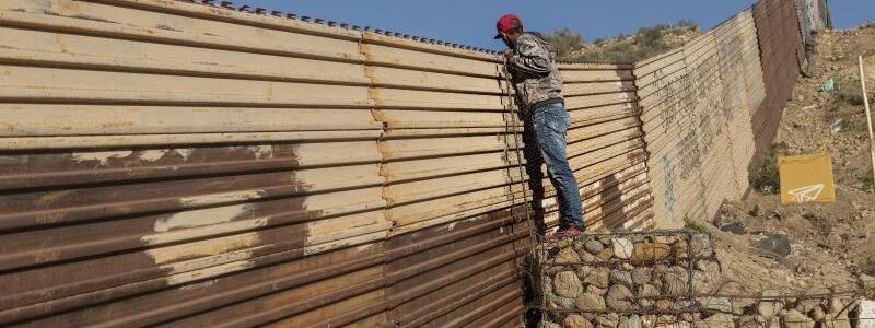Grenze USA-Mexiko - Foto: Daniel Ochoa De Olza/AP