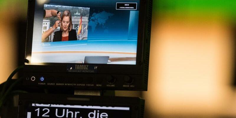 Nicole Diekmann - Foto: Auf dem Monitor einer Studiokamera ist die ZDF-Hauptstadtkorrespondentin Nicole Diekmann zu sehen. Foto:Andreas Arnold