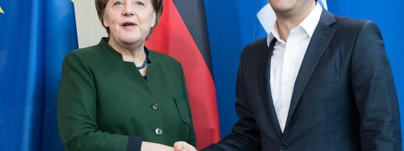 Merkel und Tsipras - Foto: Bernd von Jutrczenka