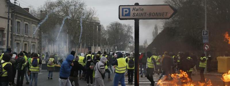Bourges - Foto: Rafael Yaghobzadeh/AP