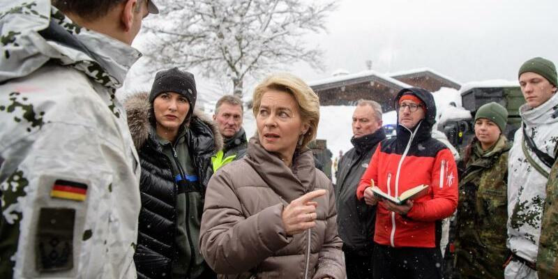 Von der Leyen besucht Buchenhöhe - Foto: Matthias Balk