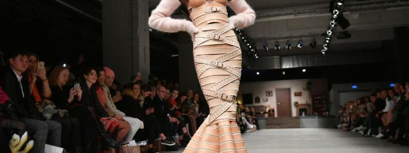 Berlin Fashion Week - Hoermanseder - Foto: Jens Kalaene
