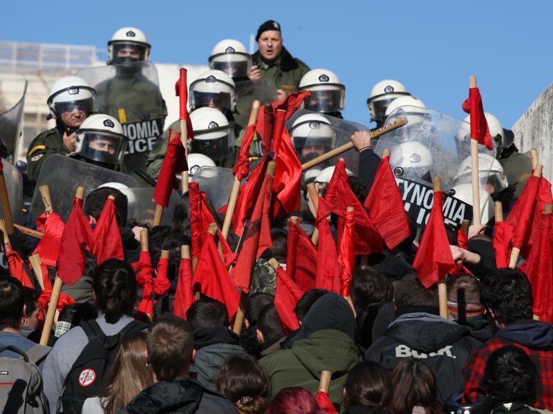 24 Stunden - Foto: Aristidis Vafeiadakis/ZUMA Wire