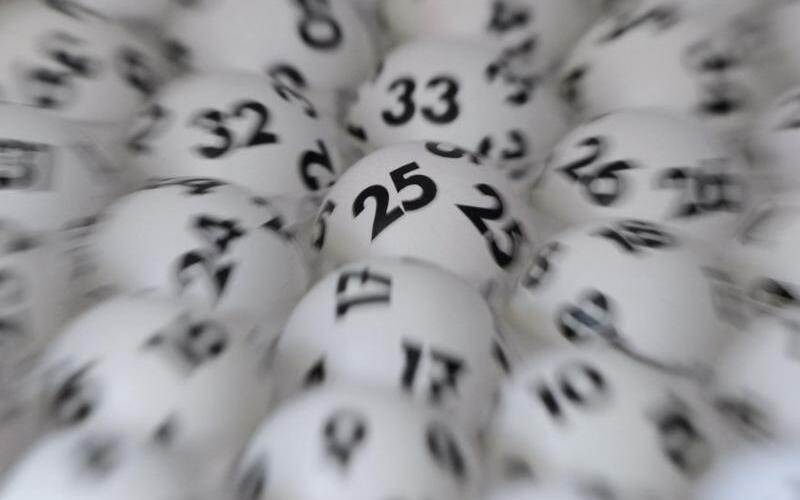 Lottokugeln - Foto: Arne Dedert
