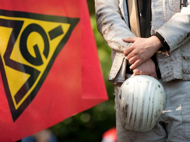 Stahlarbeiter wollen streiken - Foto: Bernd Thissen