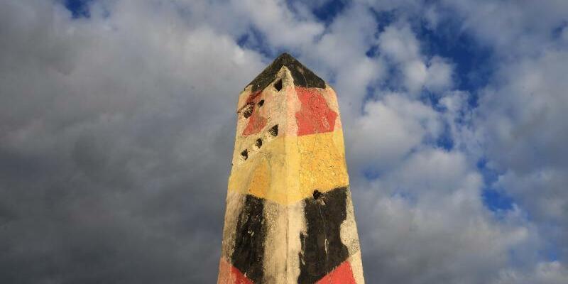 Grenzpfosten - Foto: Jens Wolf