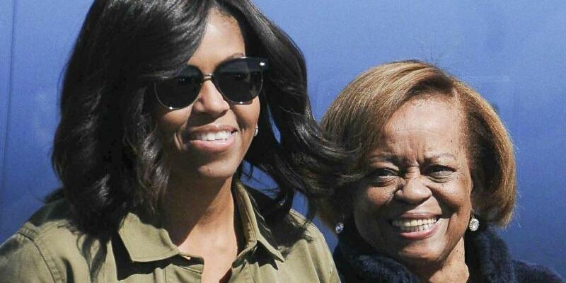Michelle Obama und Marian Robinson - Foto: Analia Garelli/TELAM EFE