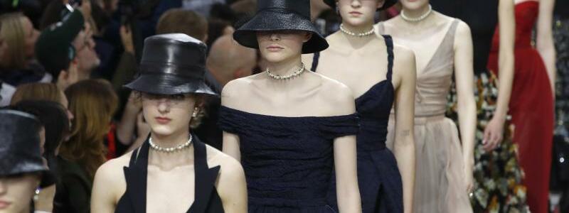 Paris Fashion Week - Dior - Foto: Christophe Ena/AP