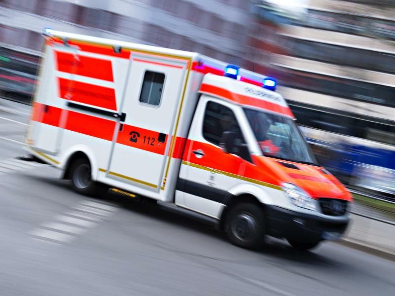 Rettungswagen im Einsatz - Foto: Nicolas Armer