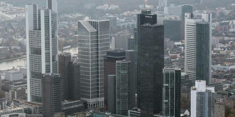 Bankenskyline von Frankfurt - Foto: Boris Roessler