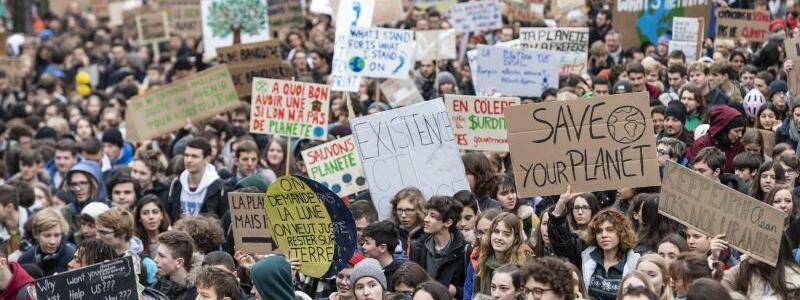«Fridays for Future»-Protest in Lausanne - Foto: Jean-Christophe Bott/KEYSTONE