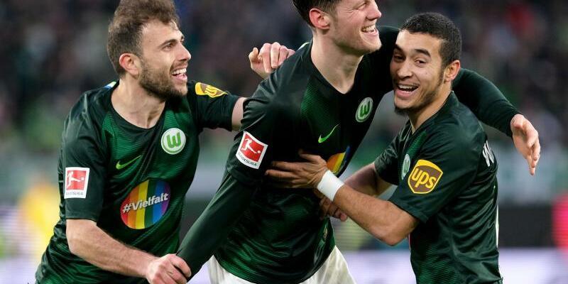 VfL Wolfsburg - Fortuna Düsseldorf - Foto: Peter Steffen