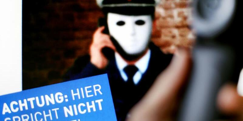 Falsche Polizisten - Foto: Martin Gerten