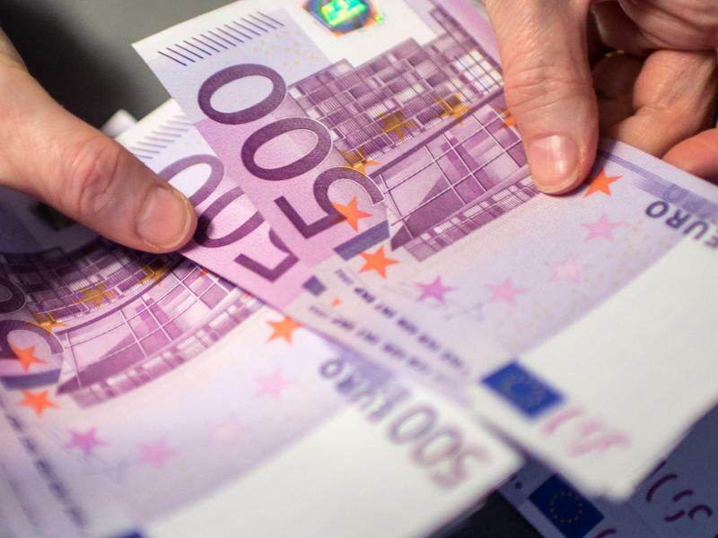 500-Euro-Scheine - Foto: Matthias Balk