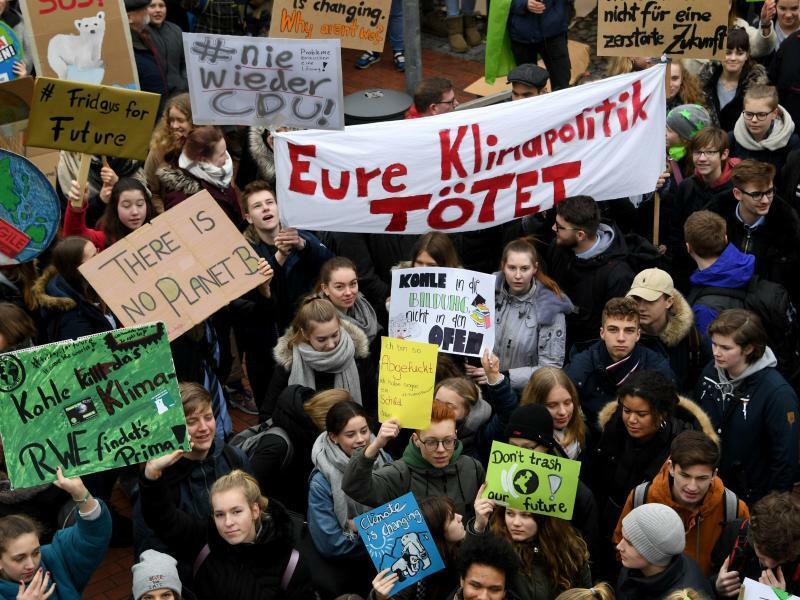 «Fridays for Future»-Protest in Elmshorn - Foto: Carsten Rehder