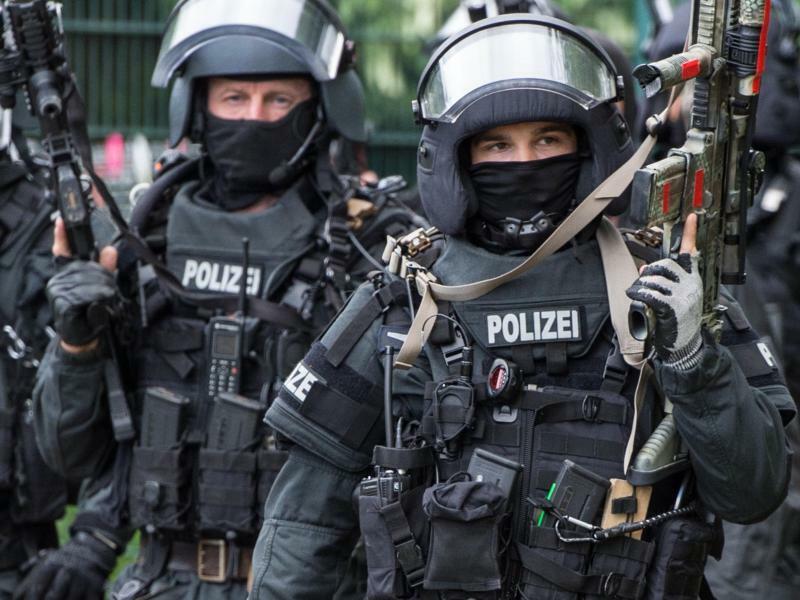 Antiterrorübung - Foto: Boris Roessler/Symbol