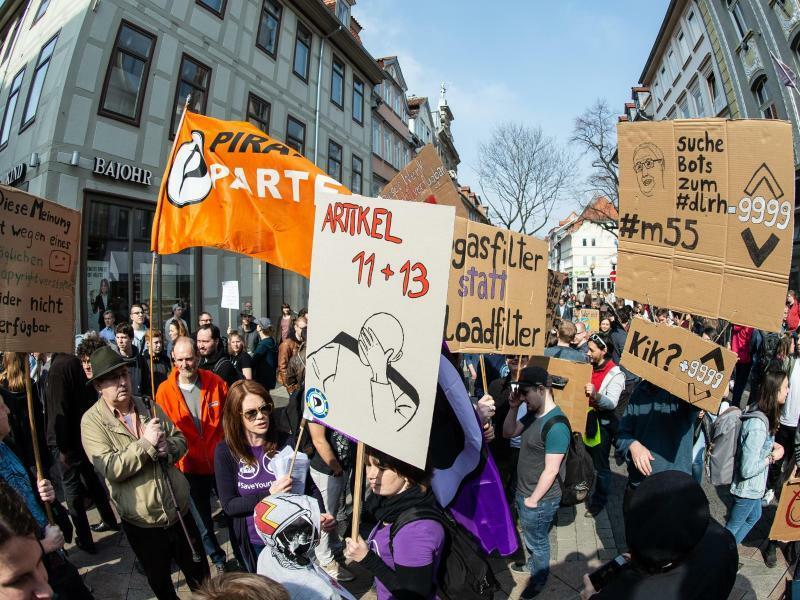 Protest gegen EU-Urheberrechtsreform in Göttingen - Foto: Swen Pförtner