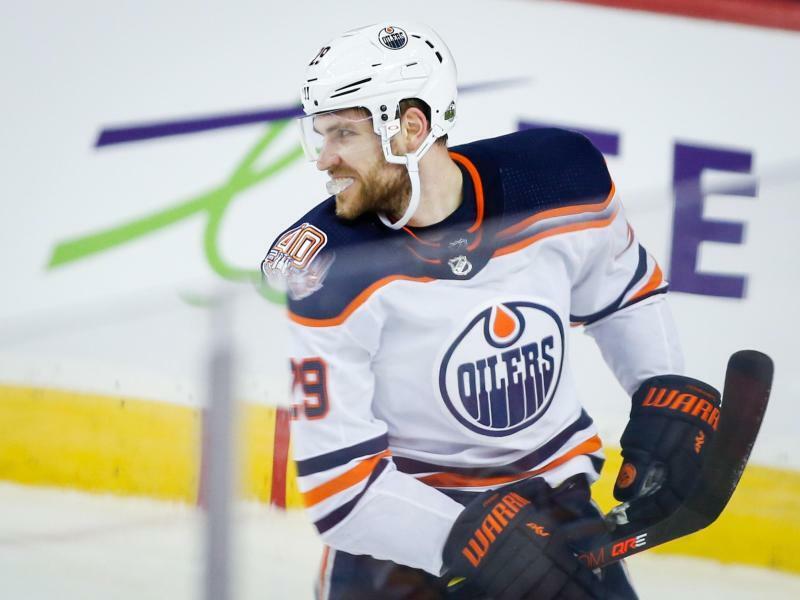 NHL-Star - Foto: Jeff Mcintosh/The Canadian Press/AP