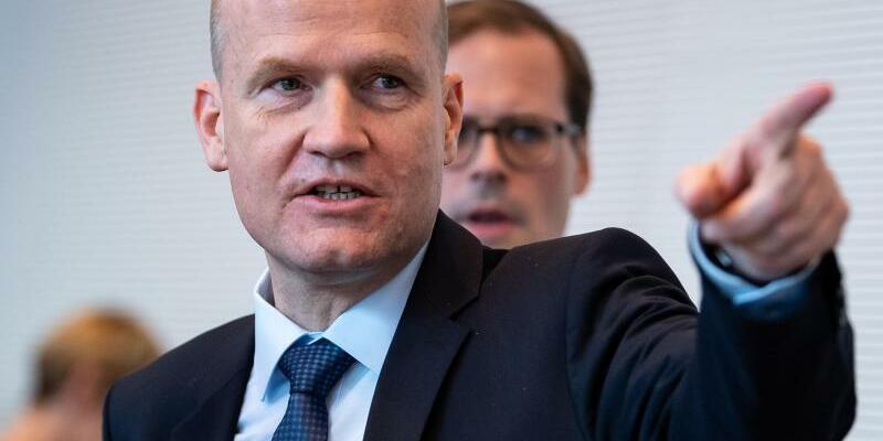 Unionsfraktionschef Brinkhaus - Foto: Bernd von Jutrczenka