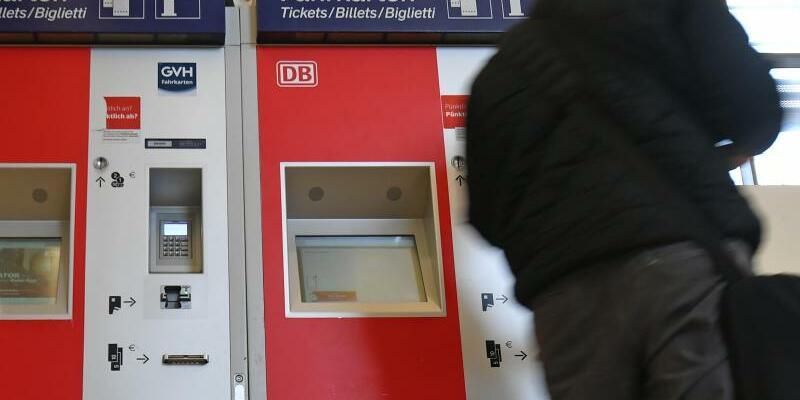 Fahrkartenautomat - Foto: Holger Hollemann