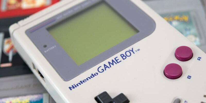 30 Jahre Game Boy - Foto: Vor 30 Jahren brachte Nintendo seinen Game Boy auf den Markt und machte damit das Videospielen unterwegs salonfähig. Foto:Andrea Warnecke
