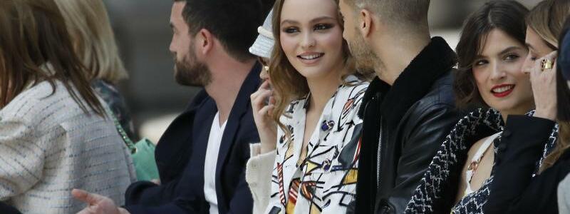 Erste Chanel-Kollektion ohne Lagerfeld - Foto: Christophe Ena/AP