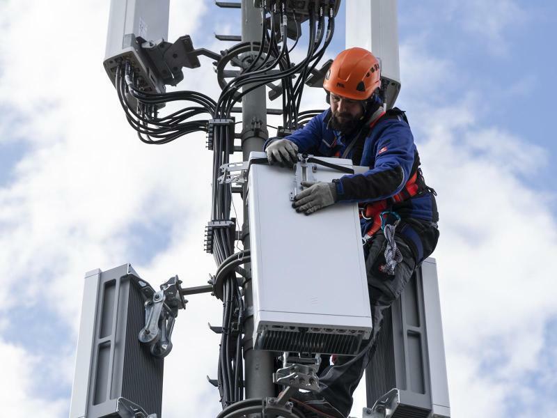 5G Ausbau - Foto: Peter Klaunzer/KEYSTONE