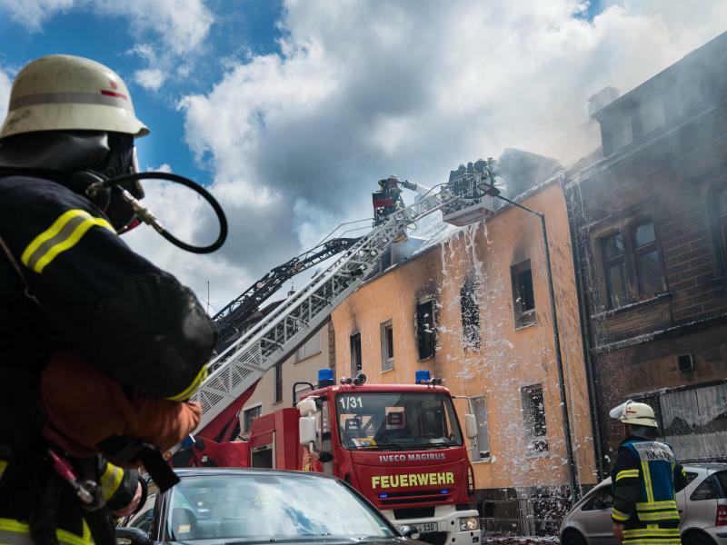 Wohnhausbrand im Saarland - Foto: Oliver Dietze