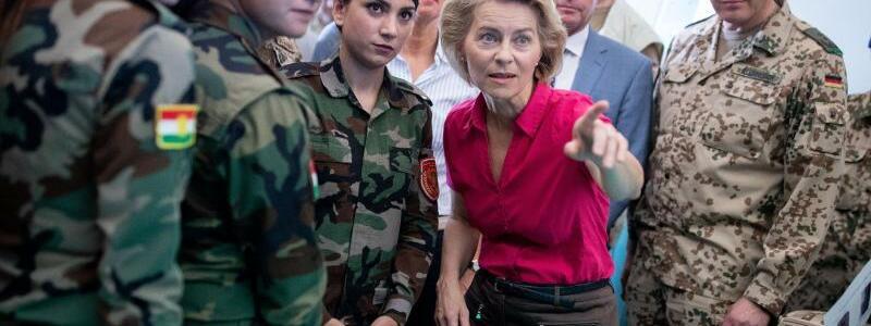 Ursula von der Leyen im Irak - Foto: Kay Nietfeld