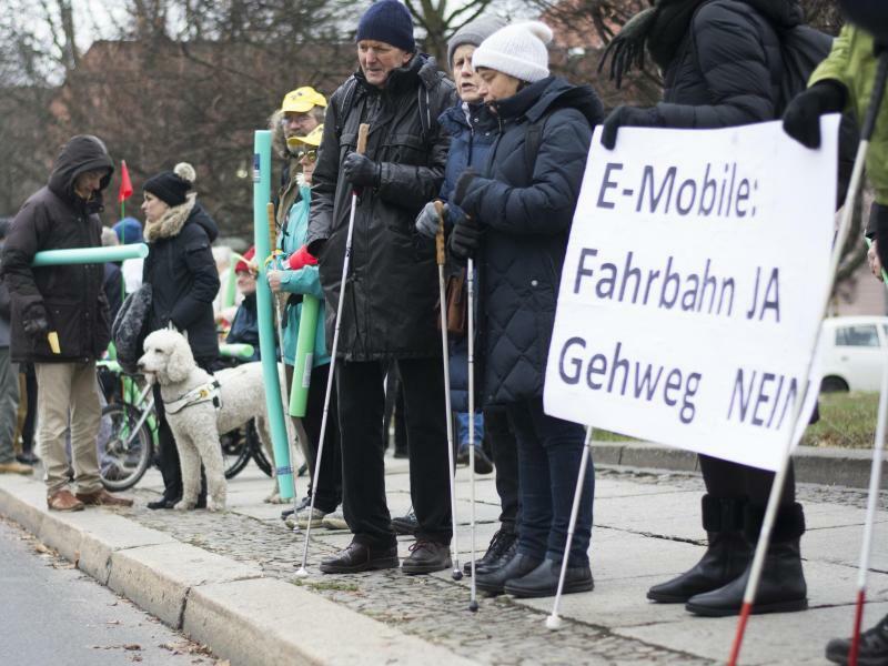Demonstration gegen E-Tretroller - Foto: Clo Catalan