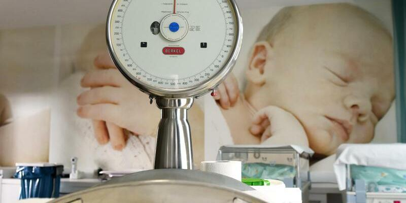 Geburtsgewicht von Säuglingen - Foto: Jens Kalaene