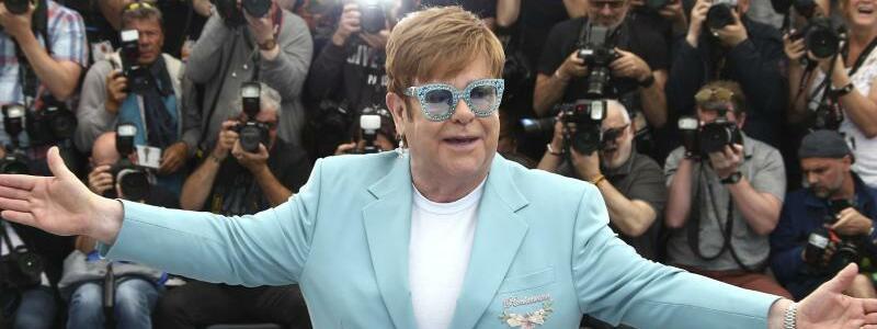Filmfestspiele in Cannes - Elton John - Foto: Joel C Ryan/Invision/AP