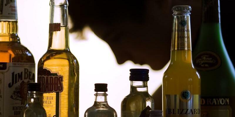Alkoholkonsum - Foto: Jens Büttner/Illustration