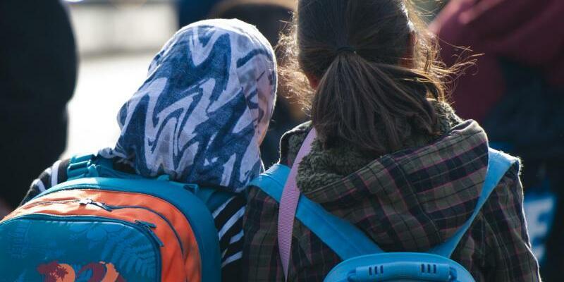 Mädchen mit Kopftuch - Foto: Daniel Bockwold