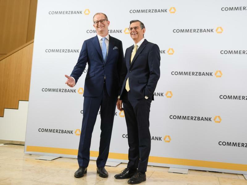 Hauptversammlung Commerzbank - Foto: Arne Dedert