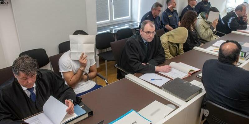 Prozess wegen Prügelattacken - Foto: Armin Weigel