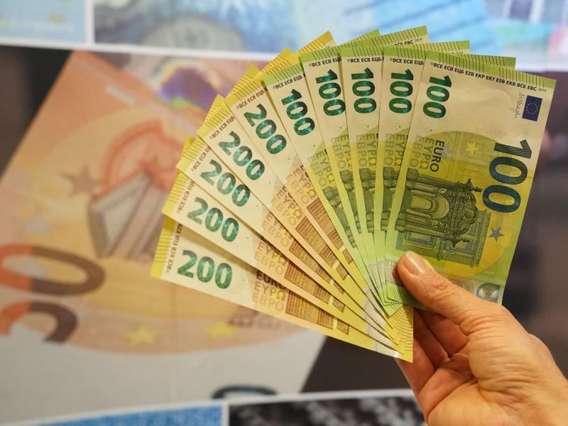 Neue Euroscheine - Foto: Peter Endig