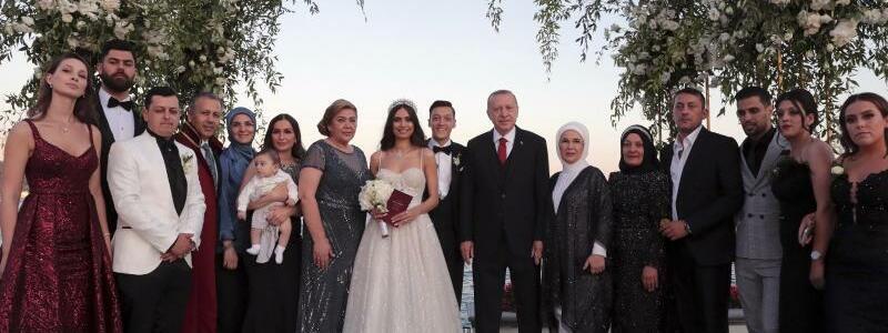 Özil-Hochzeit - Foto: Pool Presidential Press Service/AP
