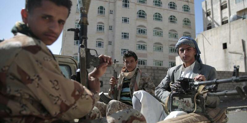 Huthi-Rebellen im Jemen - Foto: Hani Mohammed/AP