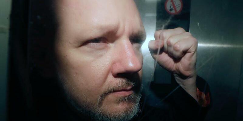Assange - Foto: Matt Dunham/AP