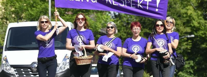 Gleichberechtigung - Foto: Walter Bieri/KEYSTONE