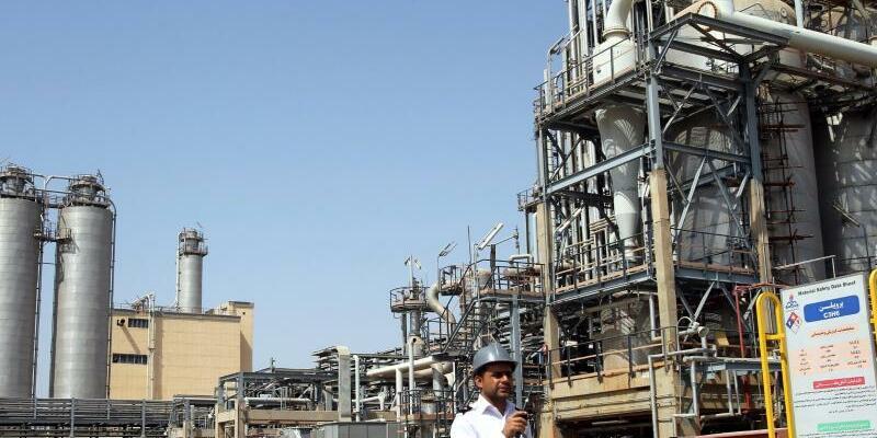 Petrochemie im Iran - Foto: Abedin Taherkenareh/EPA File