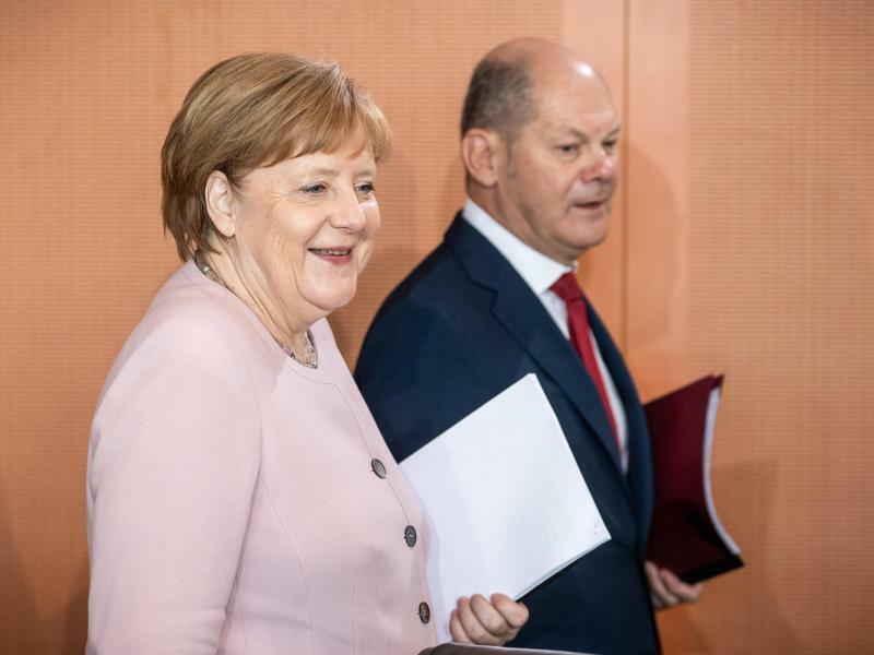 Merkel und Scholz - Foto: Michael Kappeler