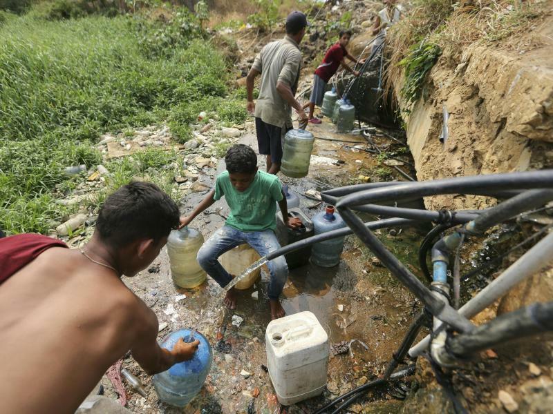 Sauberes Trinkwasser? - Foto: Fernando Llano/AP
