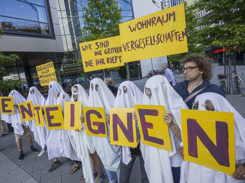 Protest vor Deutsche-Wohnen-Hauptversammlung - Foto: Frank Rumpenhorst