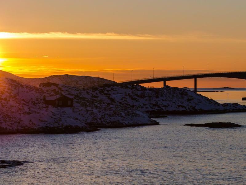 Sommaroy-Brücke - Foto: Hinrich Bäsemann