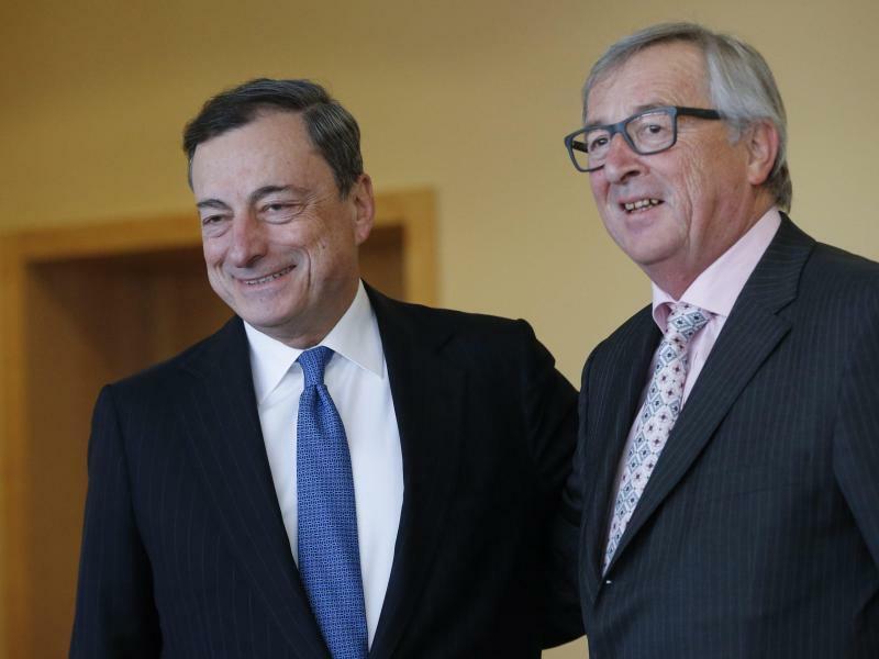 Juncker und Draghi - Foto: Olivier Hoslet