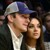Ashton Kutcher und Mila Kunis - Foto: Michael Nelson/epa