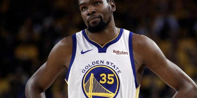 Kevin Durant - Foto: Teilte per Instagram seinen Wechsel zu den Brooklyn Nets mit: NBA-Superstar Kevin Durant. Foto:Ben Margot/AP